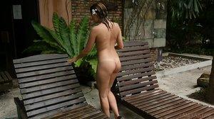 Niki Mey In Jaite - February 08, 2015 - Movie04ciwckvny.jpg